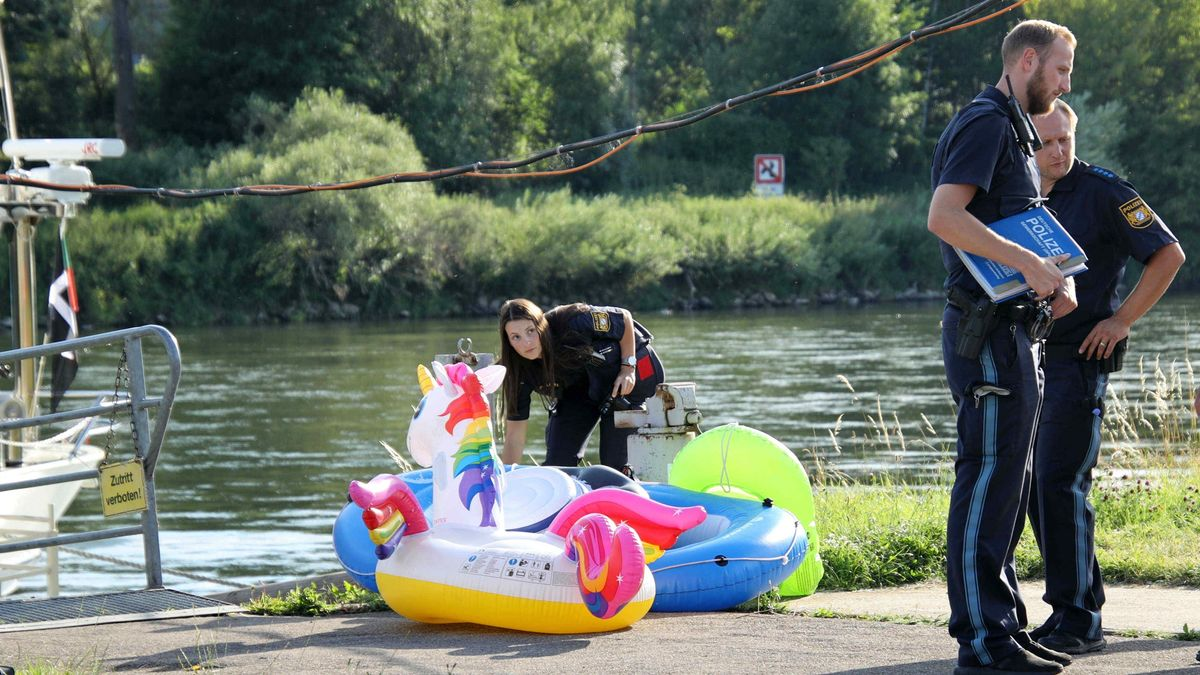 Die Polizei hat die aufblasbaren Gummboote sichergestellt