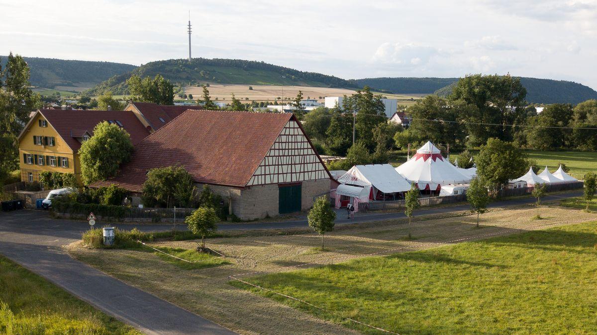 Der Circus-Luna-Hof in Langendorf