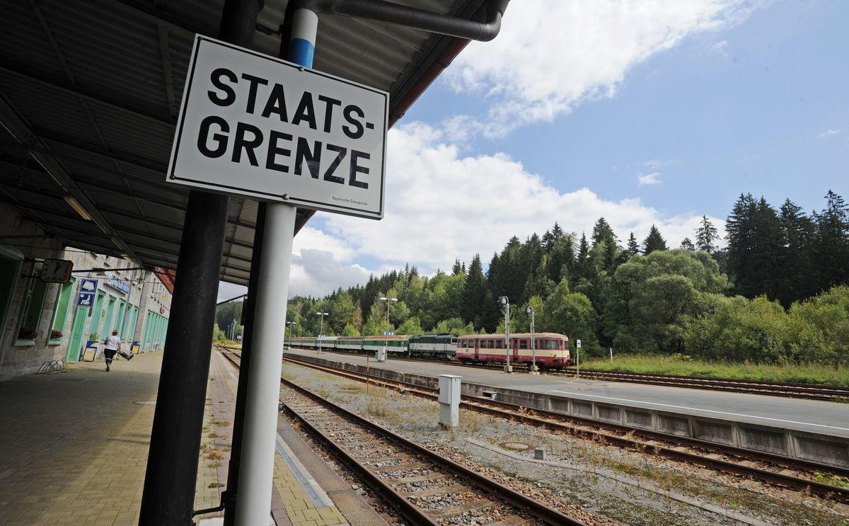 Der deutsch-tschechische Grenzbahnhof in Bayerisch Eisenstein