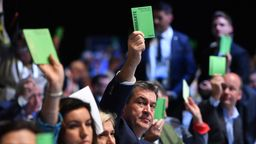 CSU Chef Söder wollte die Frauenquote - die Basis nicht | Bild:picture alliance / Sven Simon/ DPA