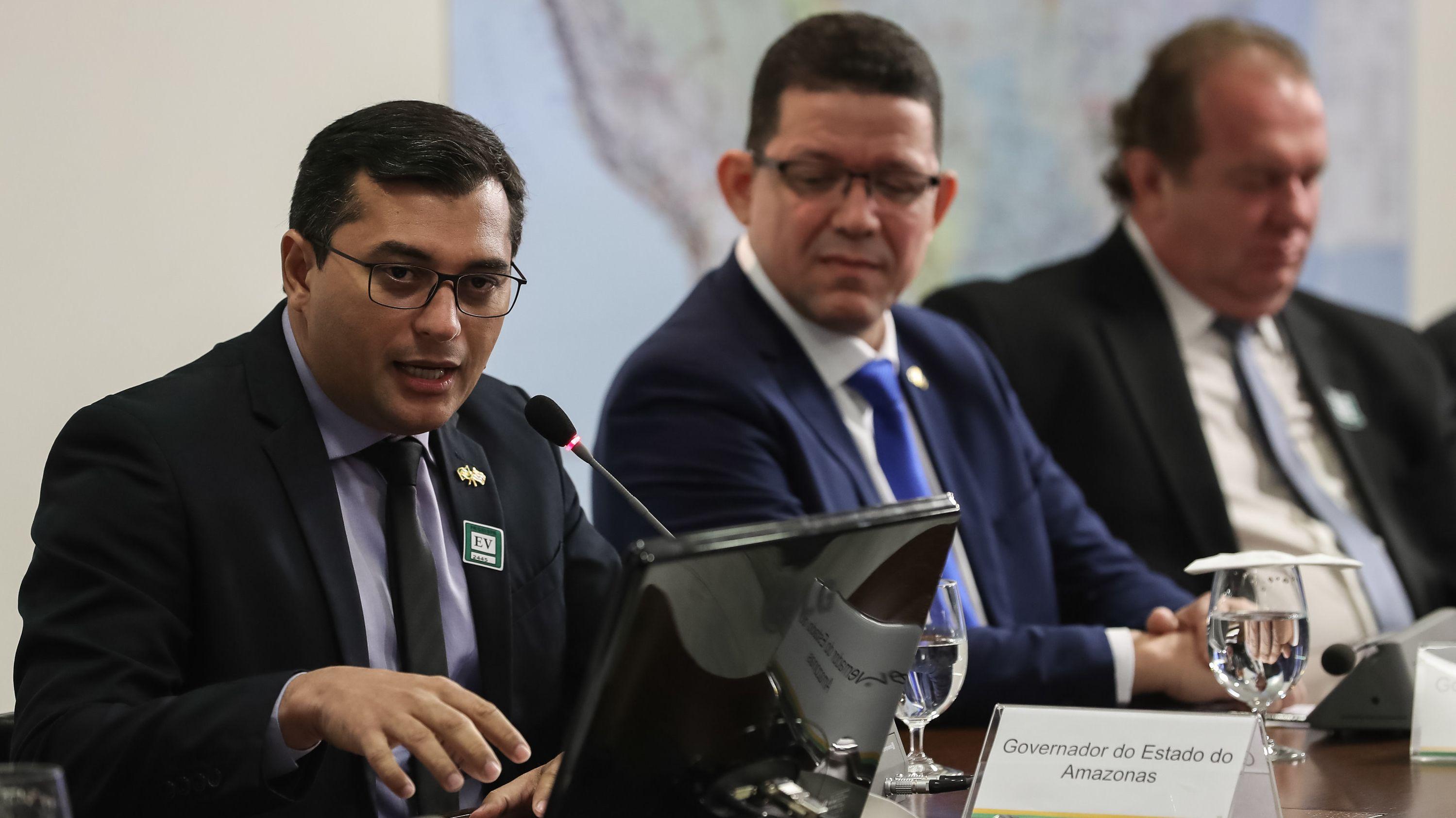 Wilson Lima, Gouverneur des Staates Amazonas, spricht während eines Treffens von Gouverneuren mit dem brasilianischen Präsidenten Bolsonaro.