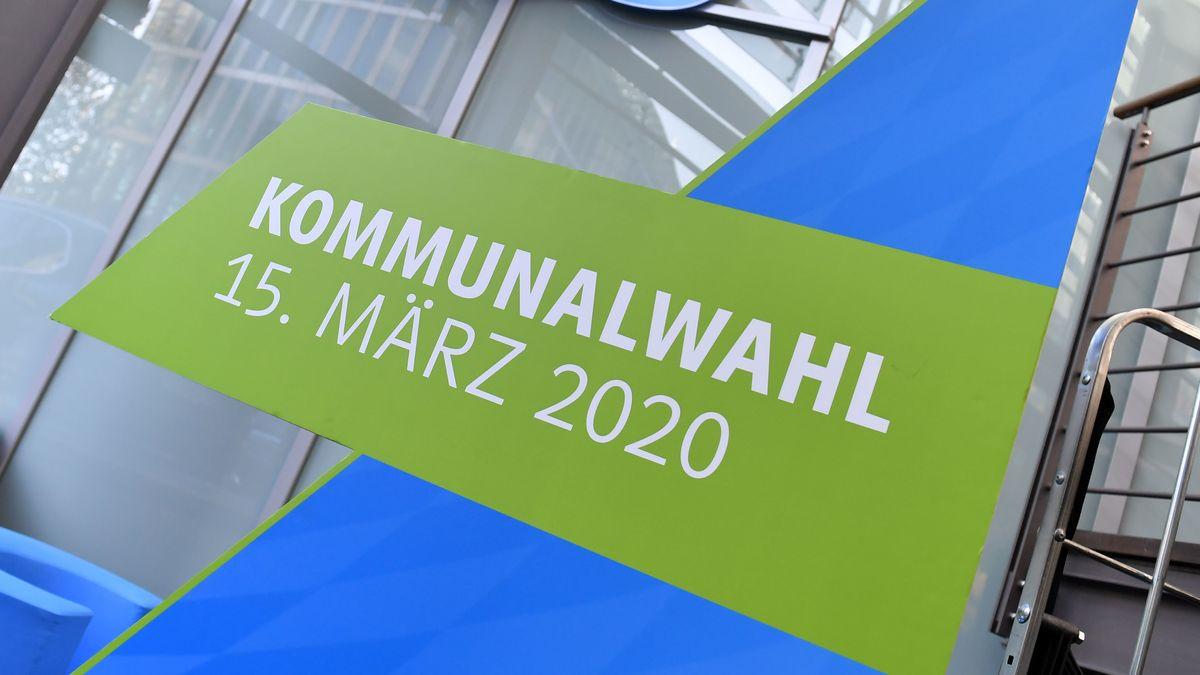 Ein Plakat zur Kommunalwahl 2020 in Bayern, aufgenommen am 4. November 2019 vor der CSU-Zentrale in München