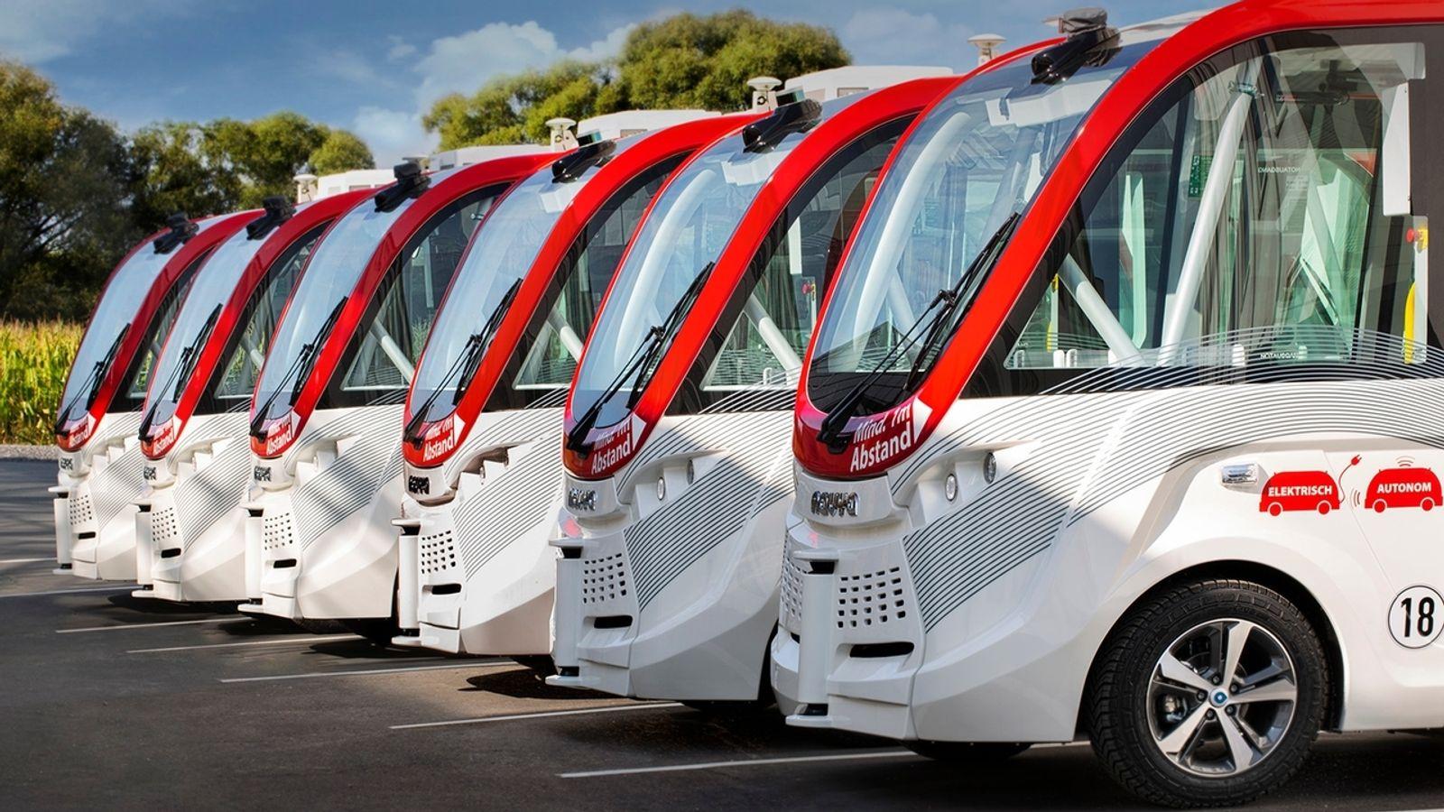 Begleitpersonal testet in Hof selbstfahrende Busse