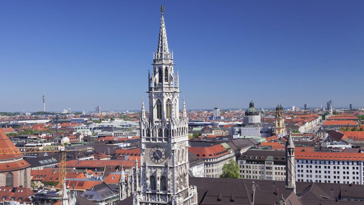 Blick vom Münchner Rathaus Richtung Norden.