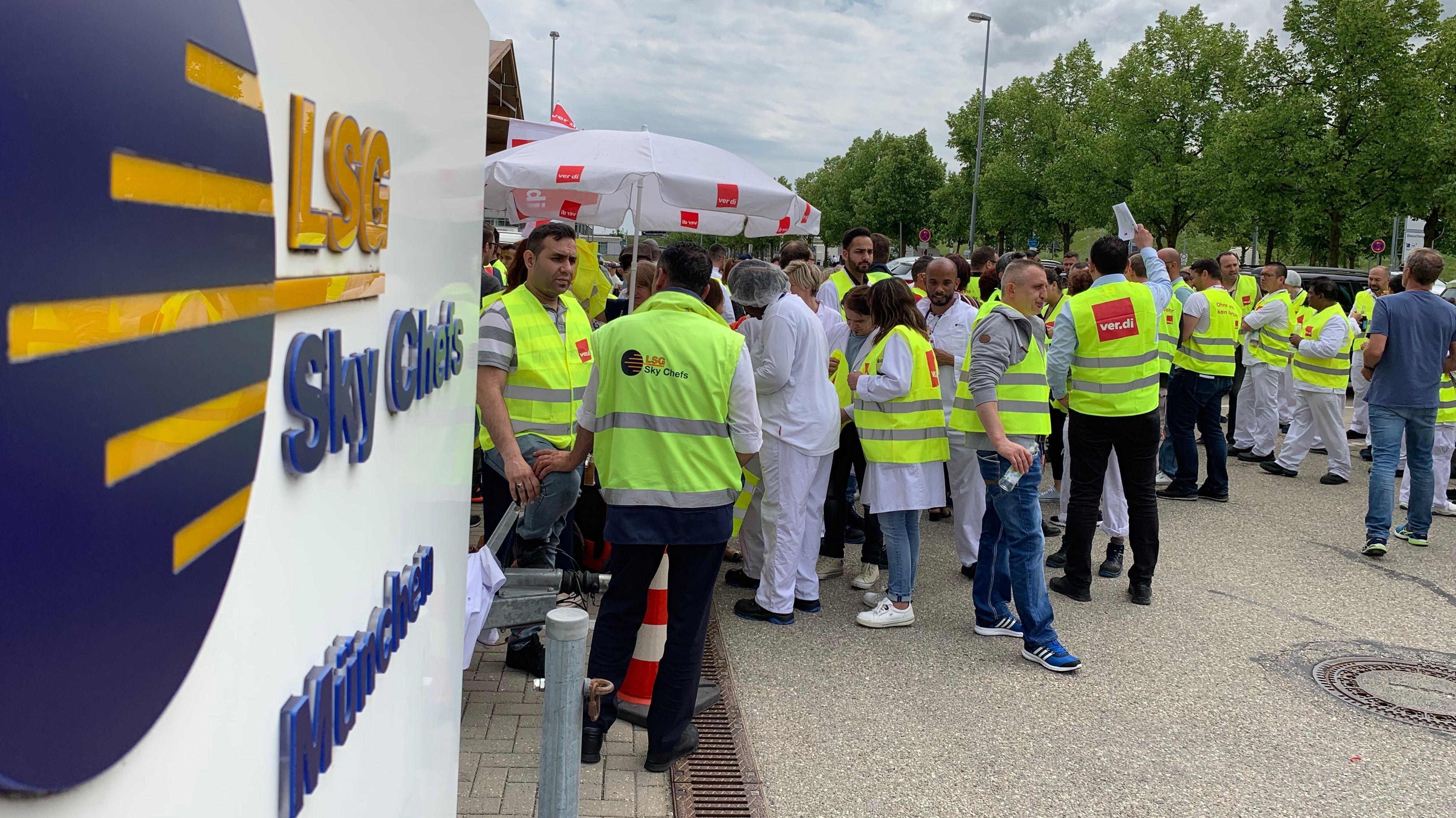 Protest von LSG-Beschäftigten am Flughafen München