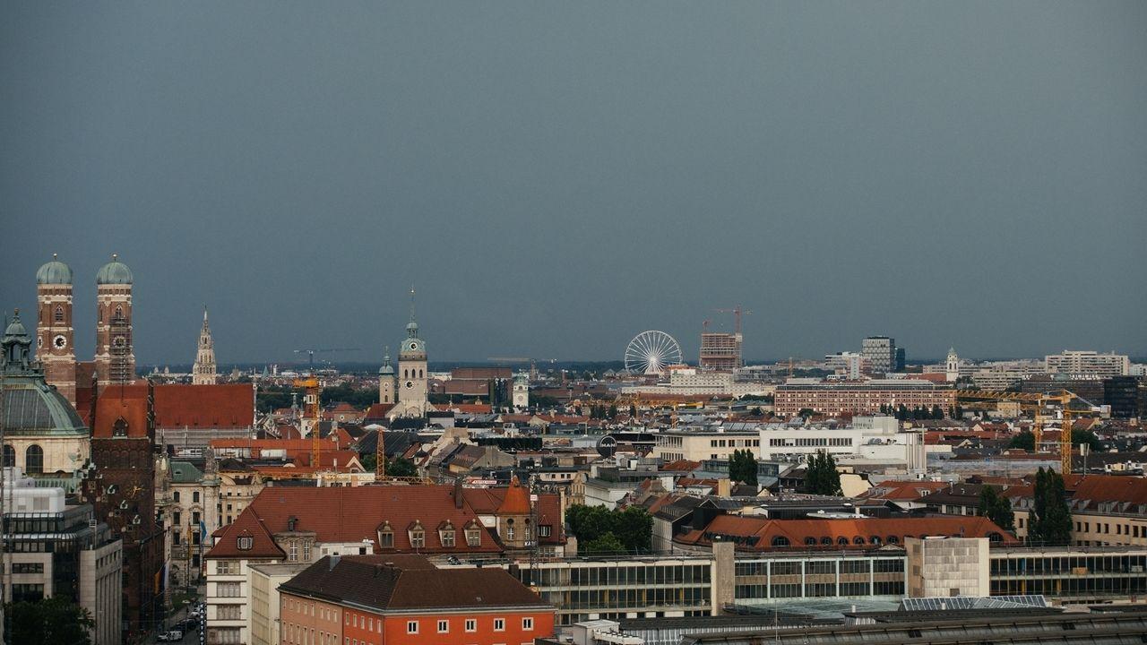 Wetter in Bayern: Sturm, Regen und Gewitter zu Beginn der Woche