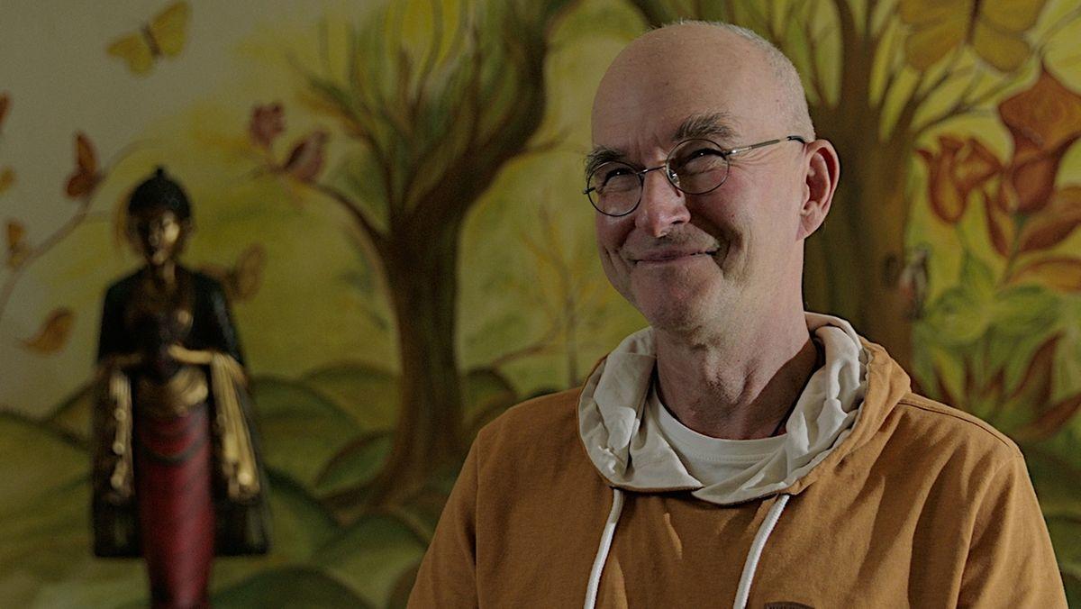 Porträt eines lächelnden Mannes: Roland Nyanabodhi