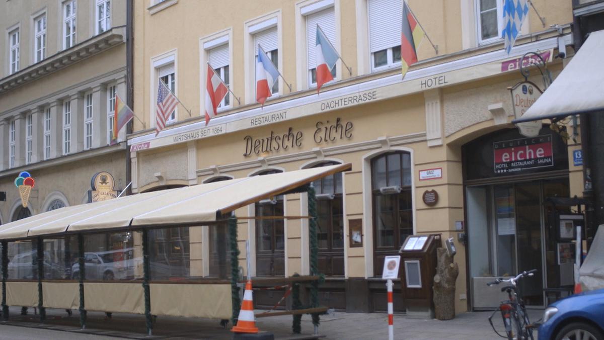 """Das Hotel """"Deutsche Eiche"""" in München. Seit 1864 gibt es das Gebäude – auch viele prominente Gäste sind hier schon eingekehrt."""
