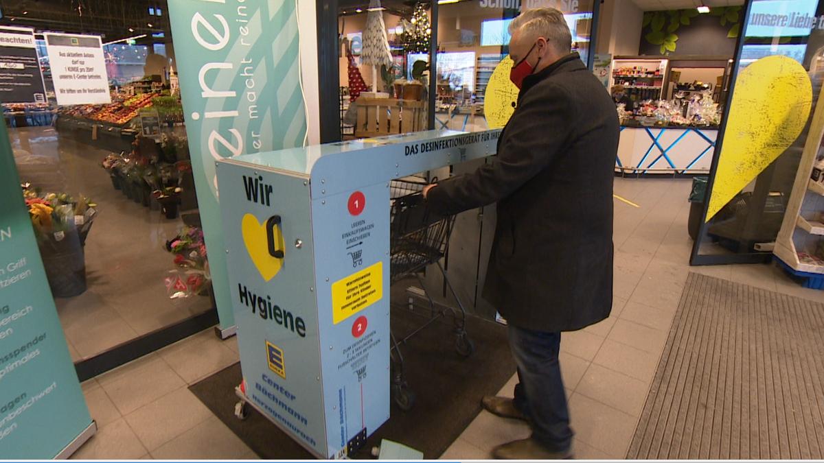 Erlanger Erfinder sorgen für sauber Griffe an Einkaufswagen
