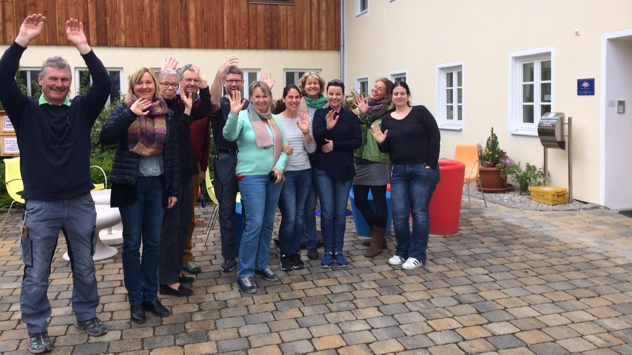 In Gstadt am Chiemsee besucht Frank-Walter Steinmeier den Irmengardhof.