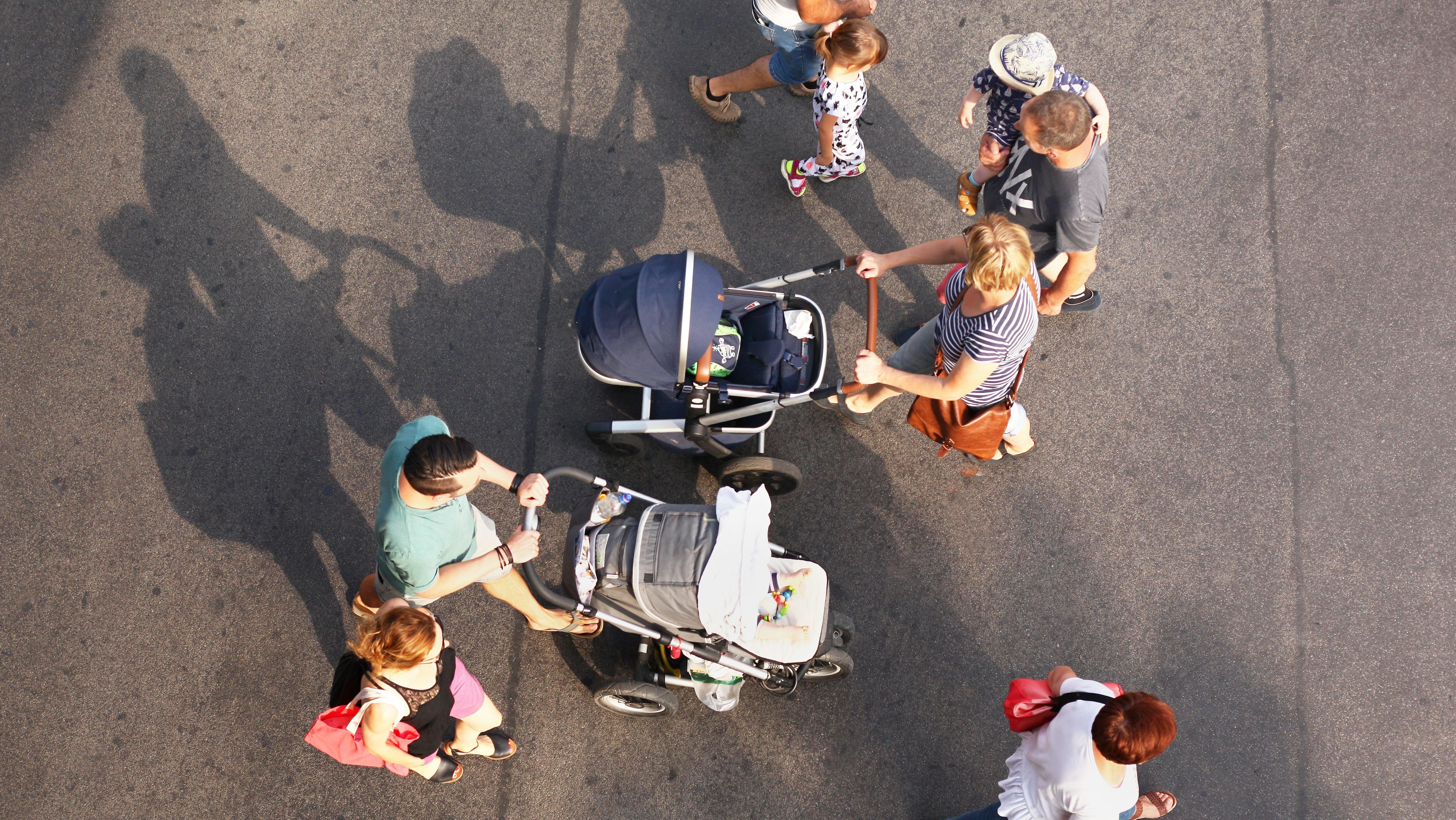Familien auf der Straße
