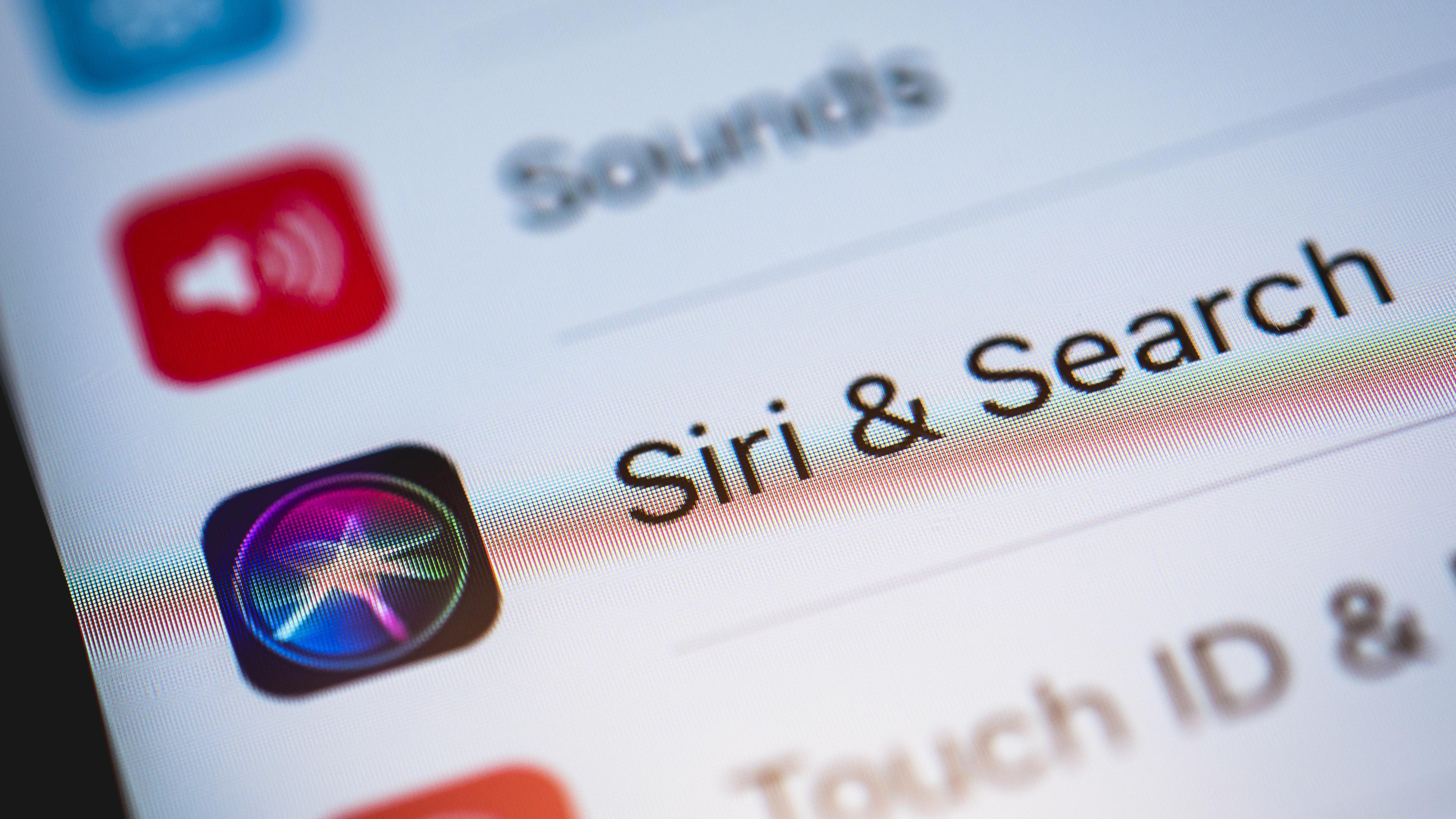 Apple-Mitarbeiter hören Siri ab