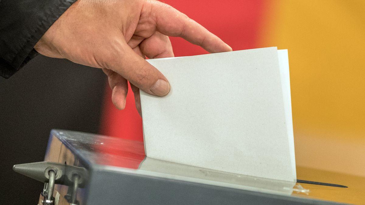 Deja se vehiculeaza zvonuri privind alegerile pentru Bundestag. BR24-#Faktenfuchs reduce zvonurile la starea de fapt.