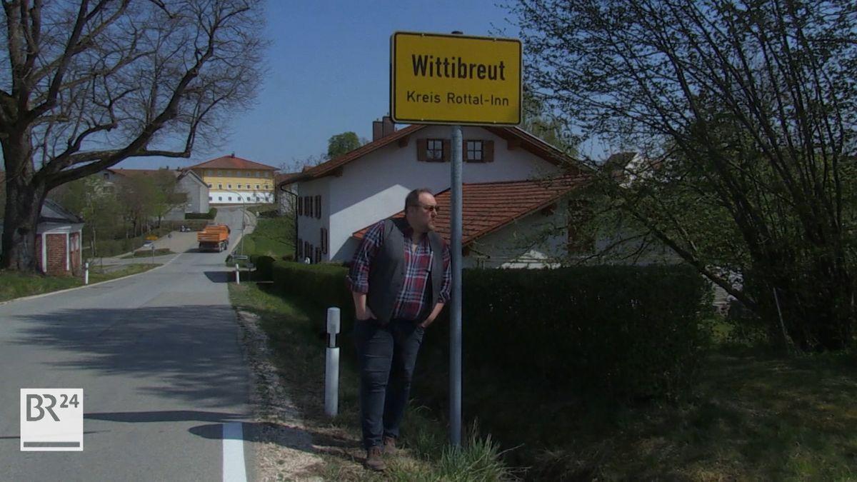 """Der niederbayerische Kabarettist Woife Berger alias """"Der Fälscher"""""""