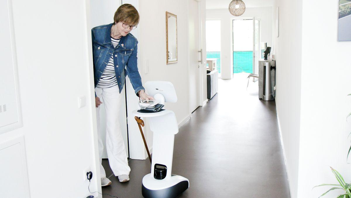 "Der Assistenzroboter ""Temi"" soll Schlaganfallpatienten helfen"