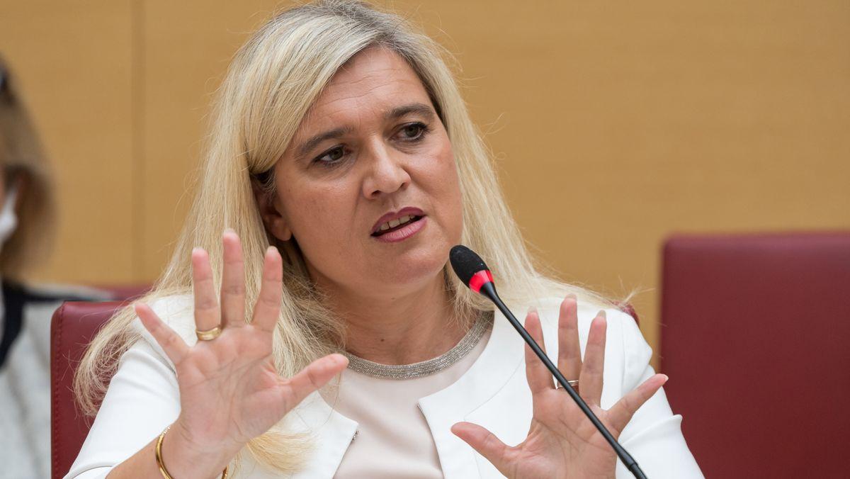 Bayerns Gesundheitsministerin Melanie Huml (CSU) bei der Sondersitzung des Gesundheitsausschusses am 19.08.20