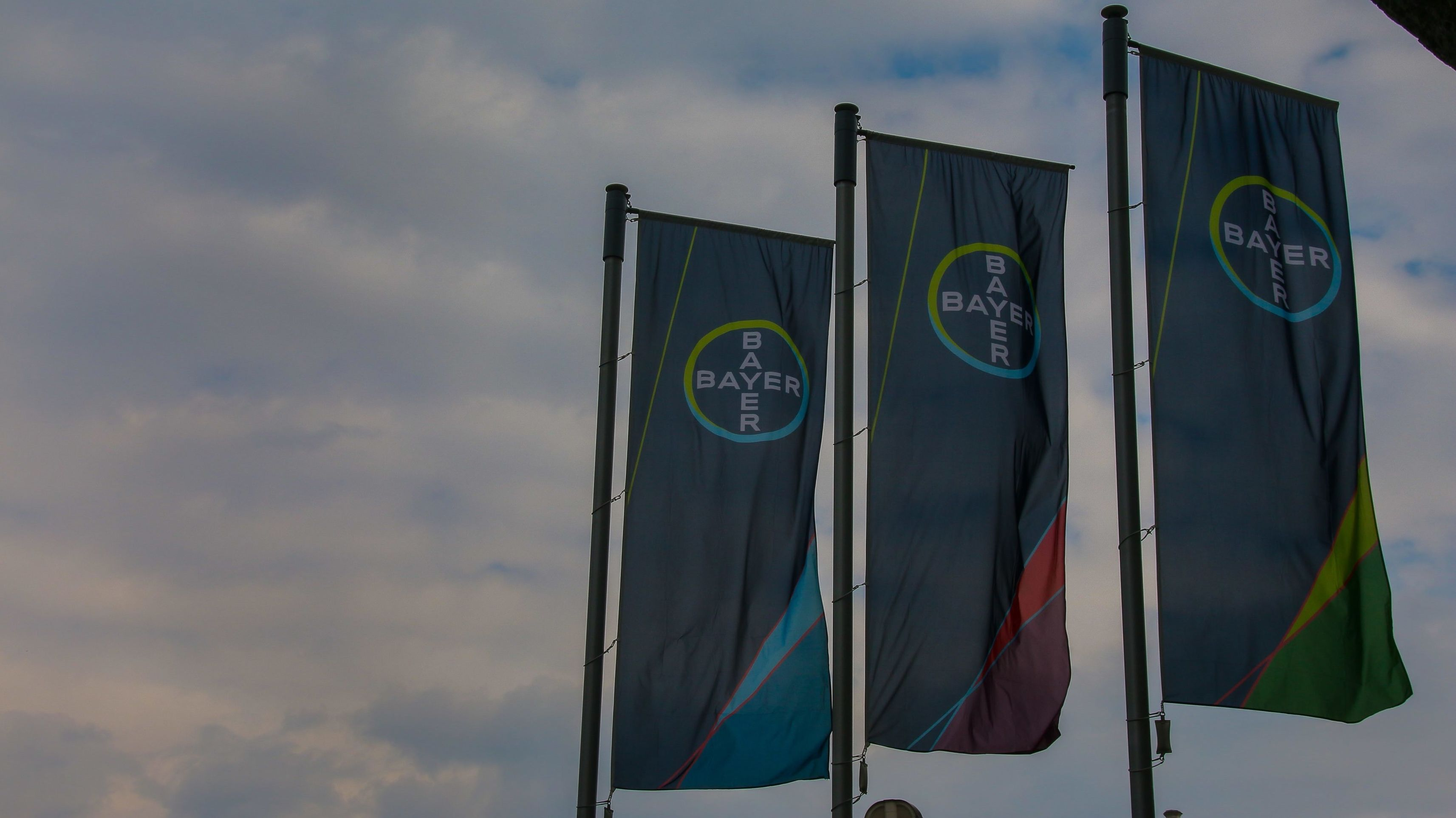 Symbolbild: Stürmische Zeiten für Bayer