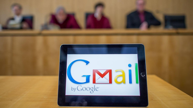 iPad mit Gmail-Logo