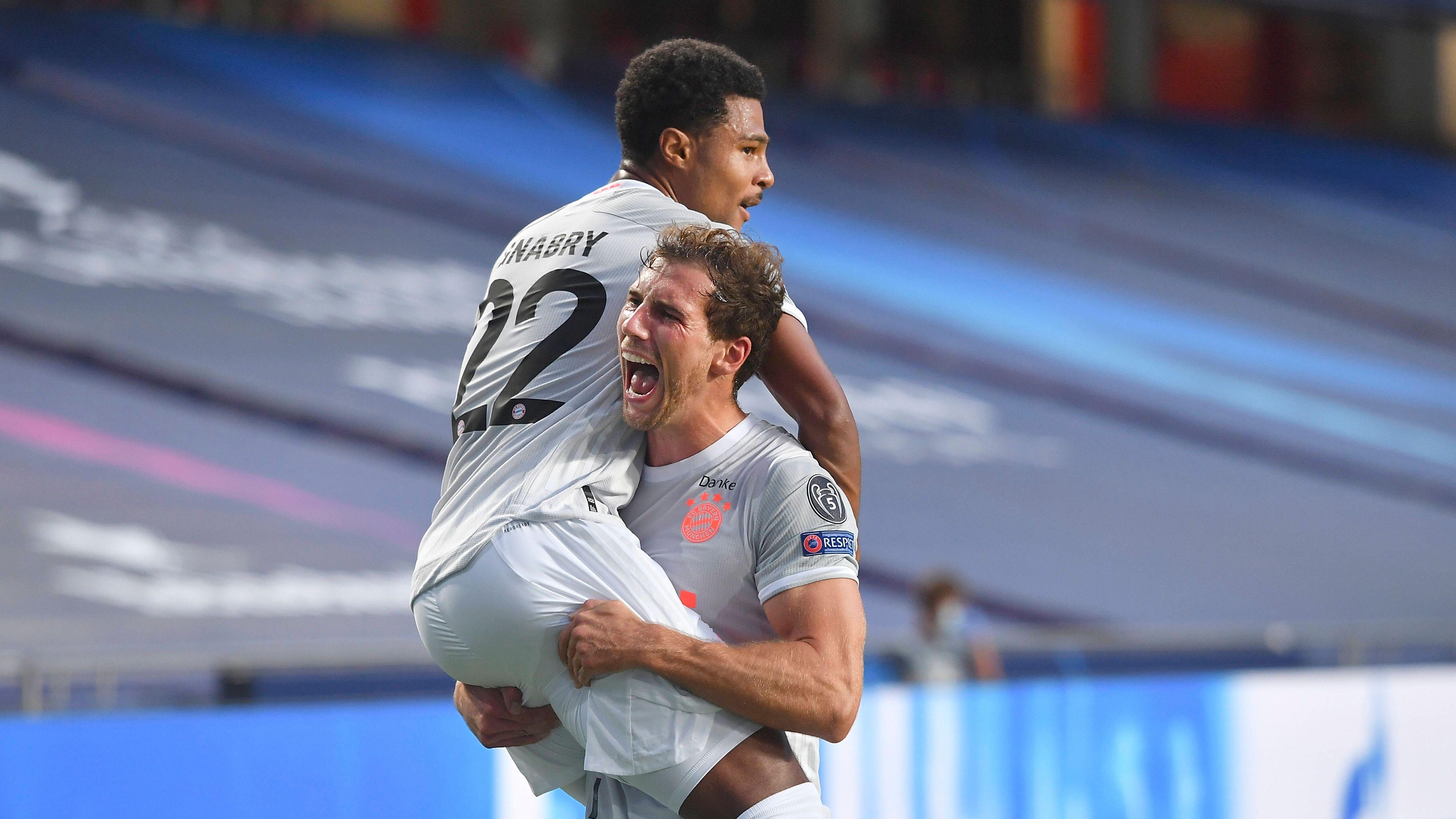 8:2 - FC Bayern demütigt Barcelona und träumt weiter vom Triple | BR24