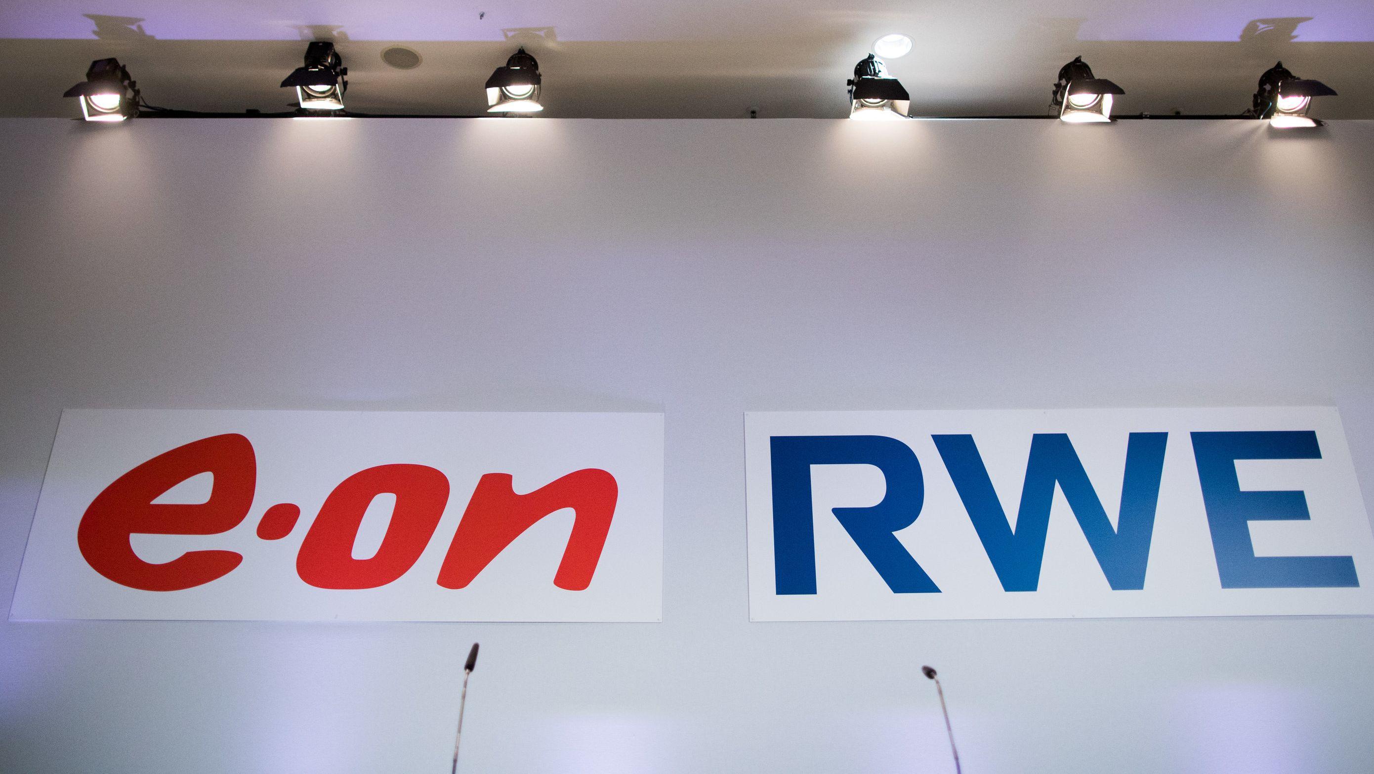 Schriftzug von Eon und RWE