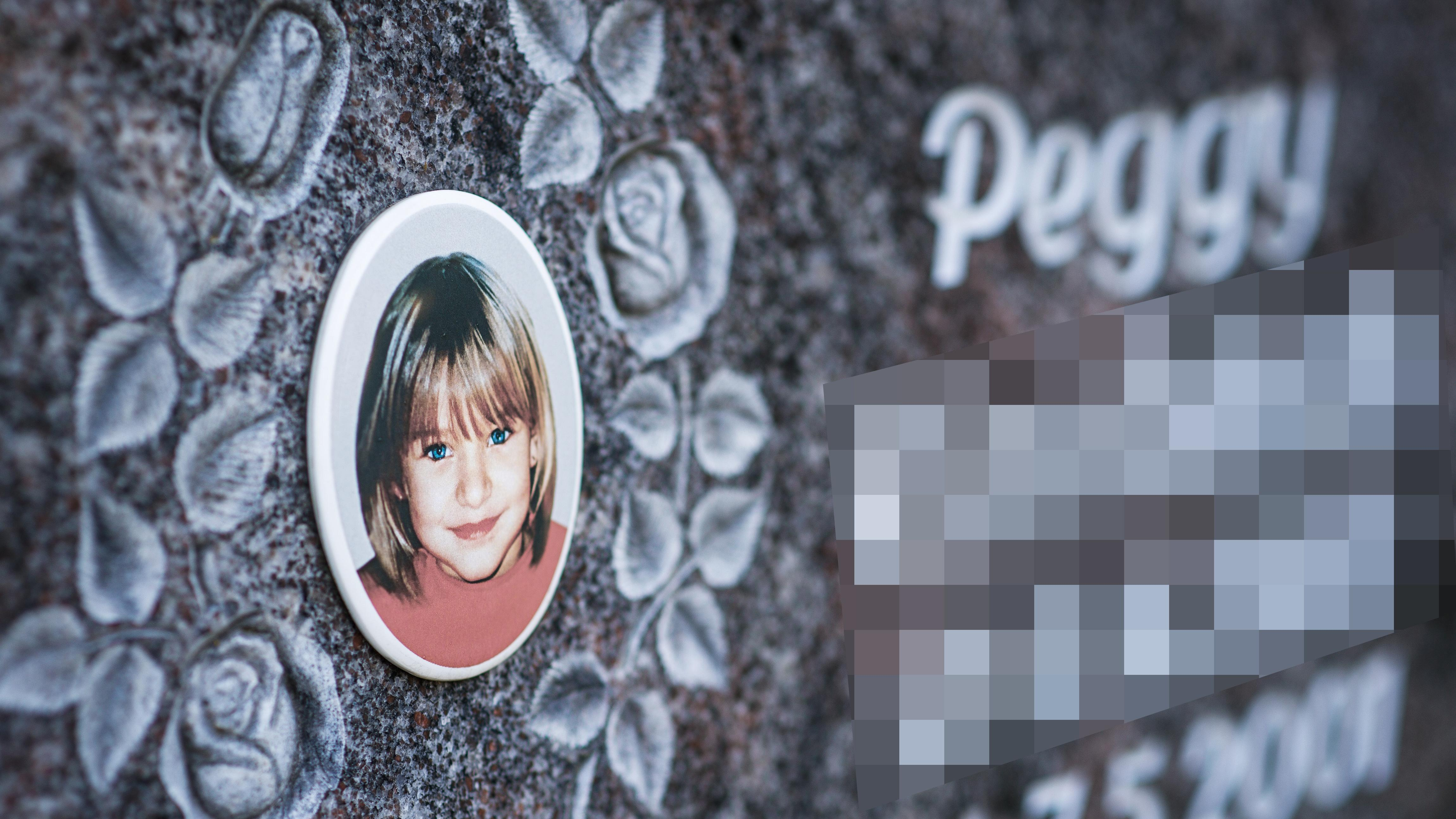 Der Grabstein von Peggy auf dem Friedhof in Nordhalben