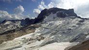 Der Zugspitzgletscher - ein kleiner Rest eines ursprünglich beeindruckenden Gletschers in den Alpen. | Bild:picture-alliance/ Sven Simon