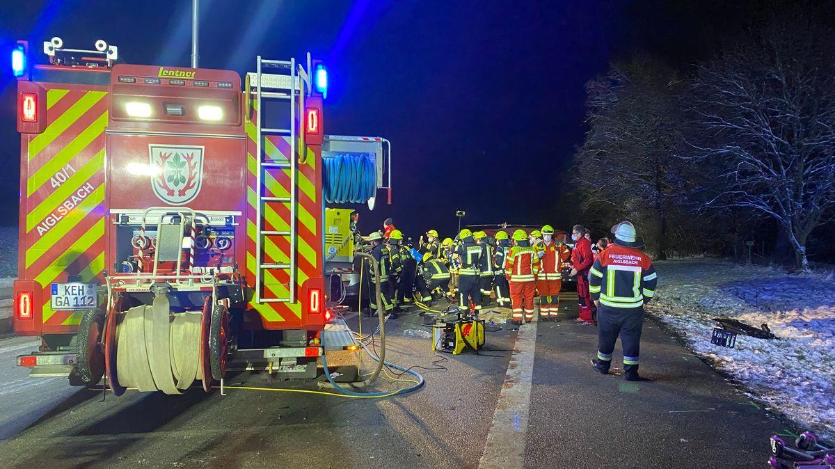 Großaufgebot von Rettungskräften am Unfallort