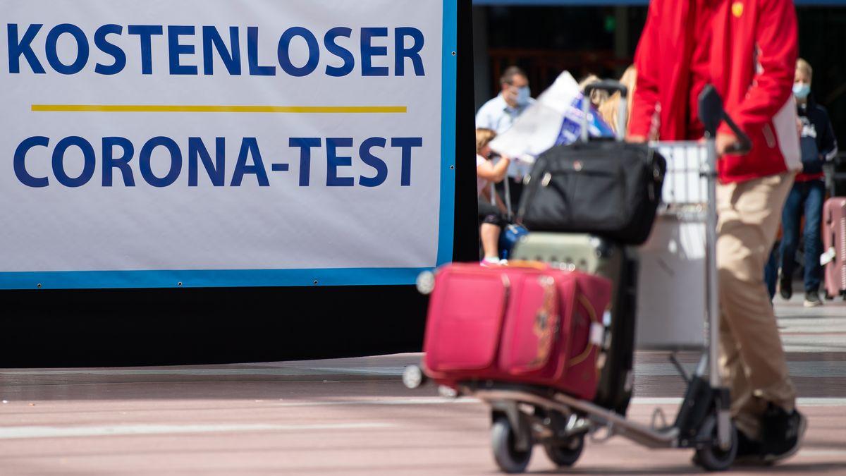 Corona-Teststation am Münchner Flughafen