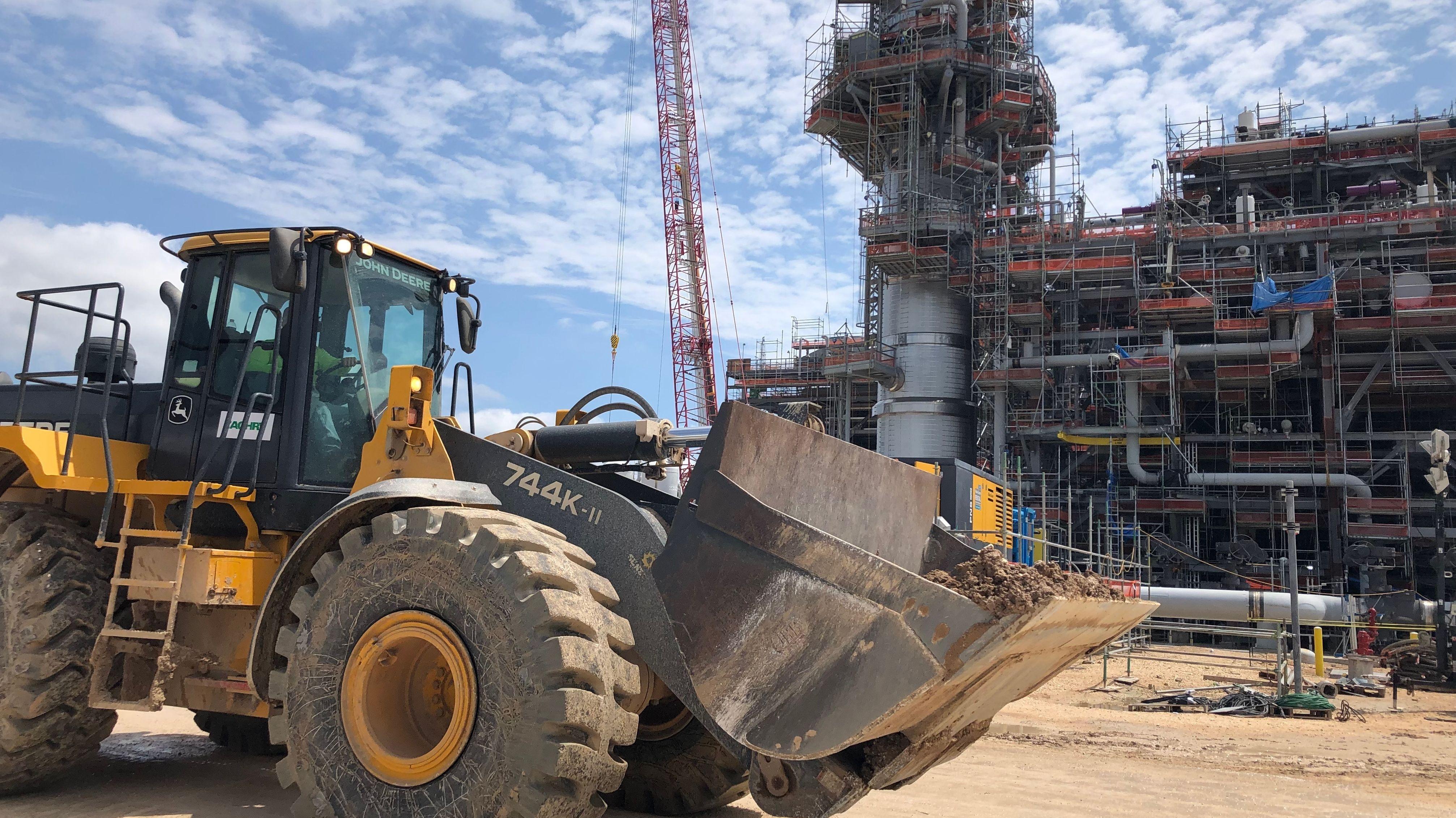Bauarbeiten am Freeport LNG Terminal - hier entsteht eines der größten Flüssigerdgasterminals der Welt