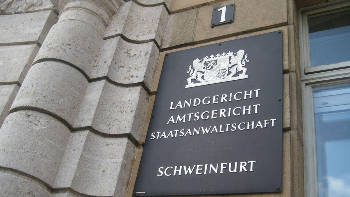 Eingangsbereich Gericht Schweinfurt
