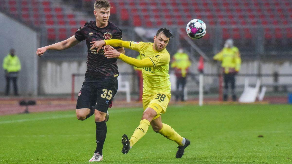 Spielszene Hinrunde: 1. FC Nürnberg - Würzburger Kickers