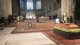 Georg Ratzinger wird heute Mittag in Regensburg beerdigt. Zuvor fand im Regensburger Dom das Requiem mit Bischof Rudolf Voderholzer statt.  | Bild:BR/Grosser