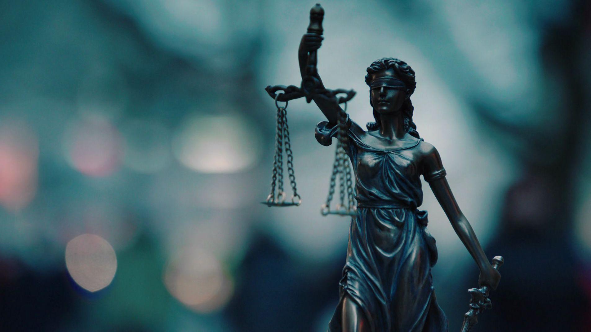 Statue von der Justizia