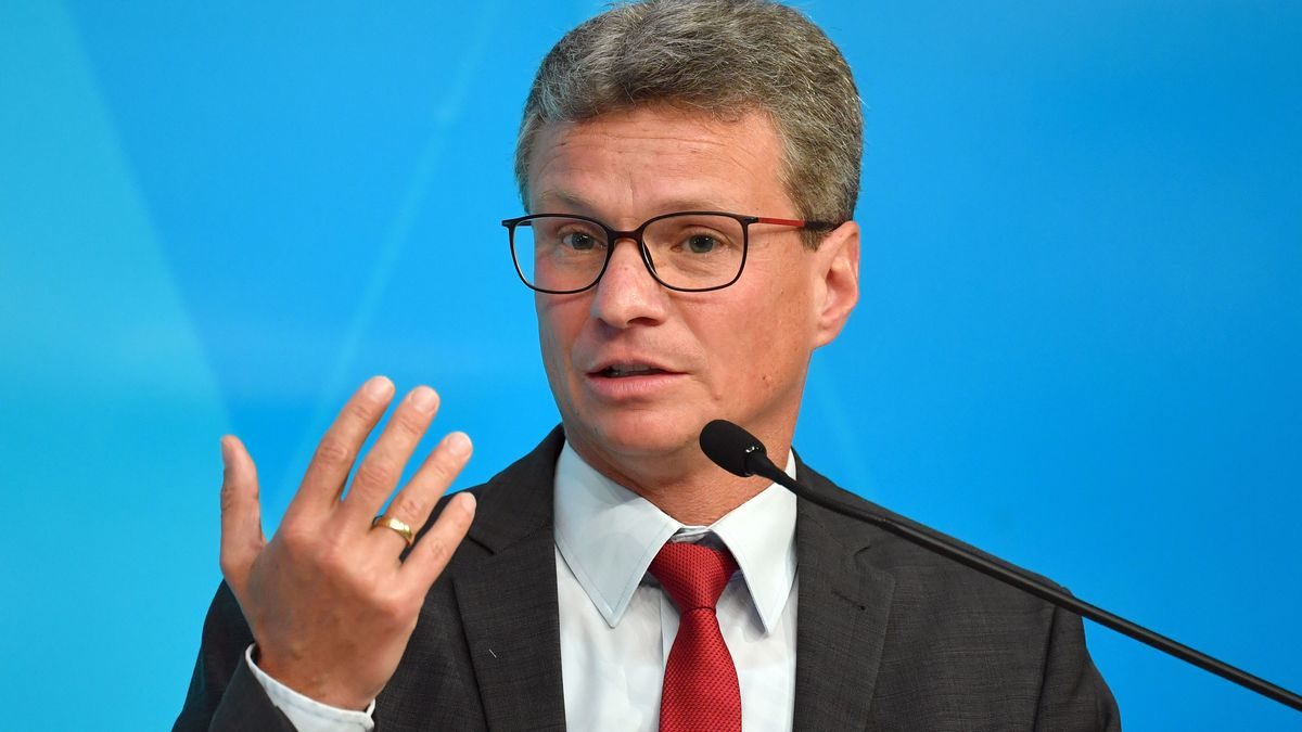 Archivbild: Wissenschaftsminister Sibler