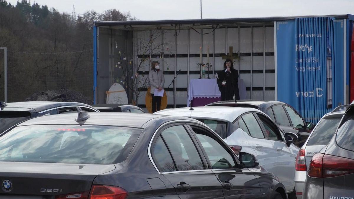 Ostern: Auto-Gottesdienst in Burgsinn