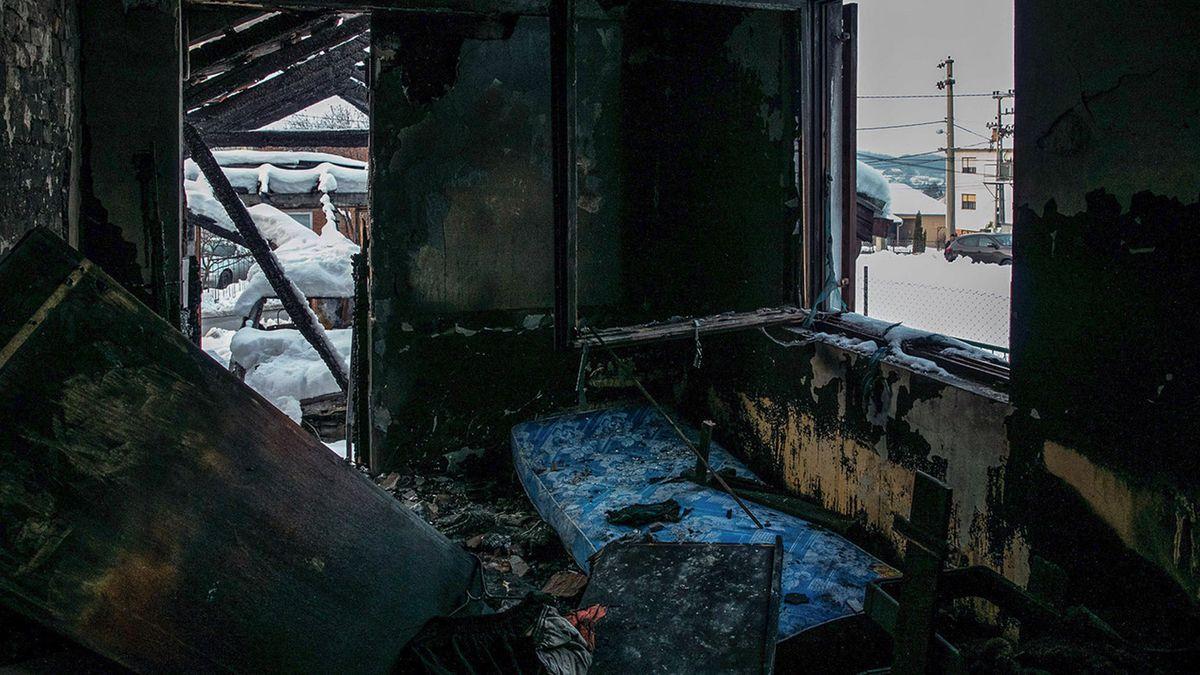Ausgebranntes Haus des serbischen Journalisten Milan Jovanovic