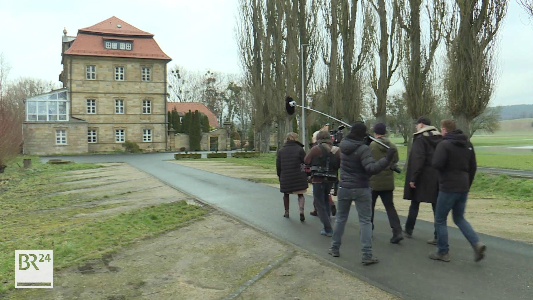 Dreharbeiten zum Franken-Tatort am Schloss Gleusdorf