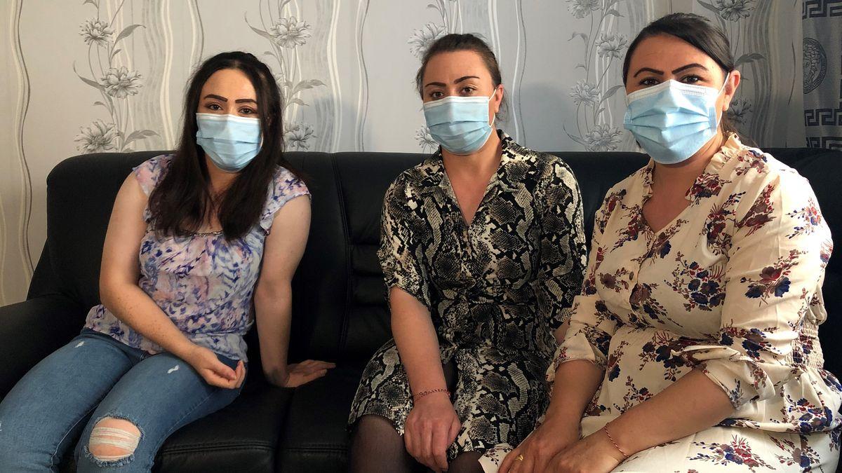 Drei Schwestern der Familie A.