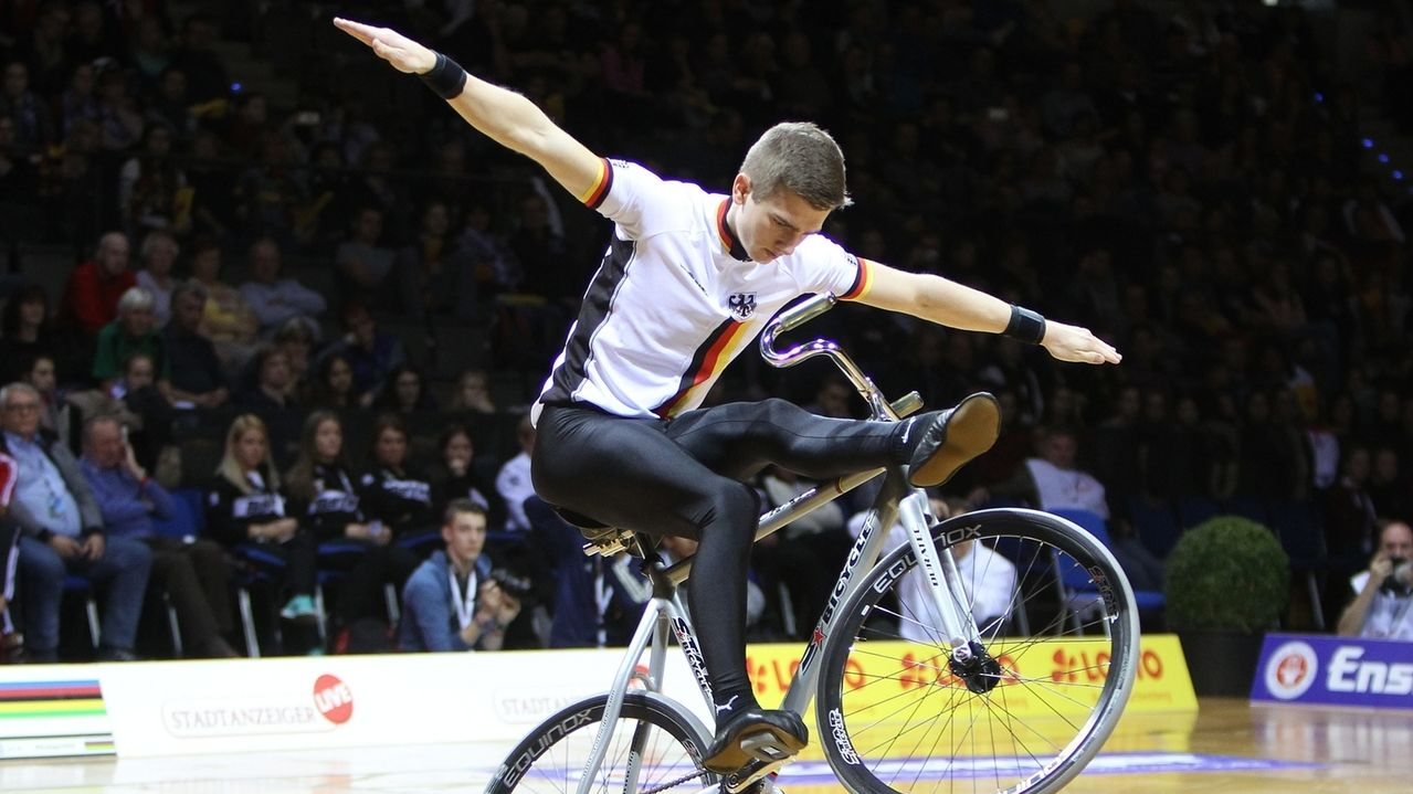 Kunstradfahrer Lukas Kohl