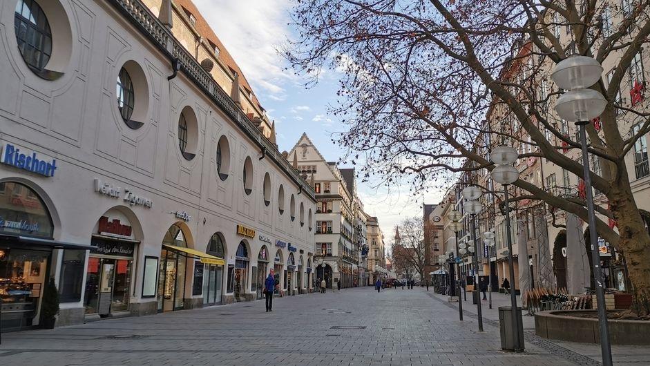 Leere Fußgängerzone in München