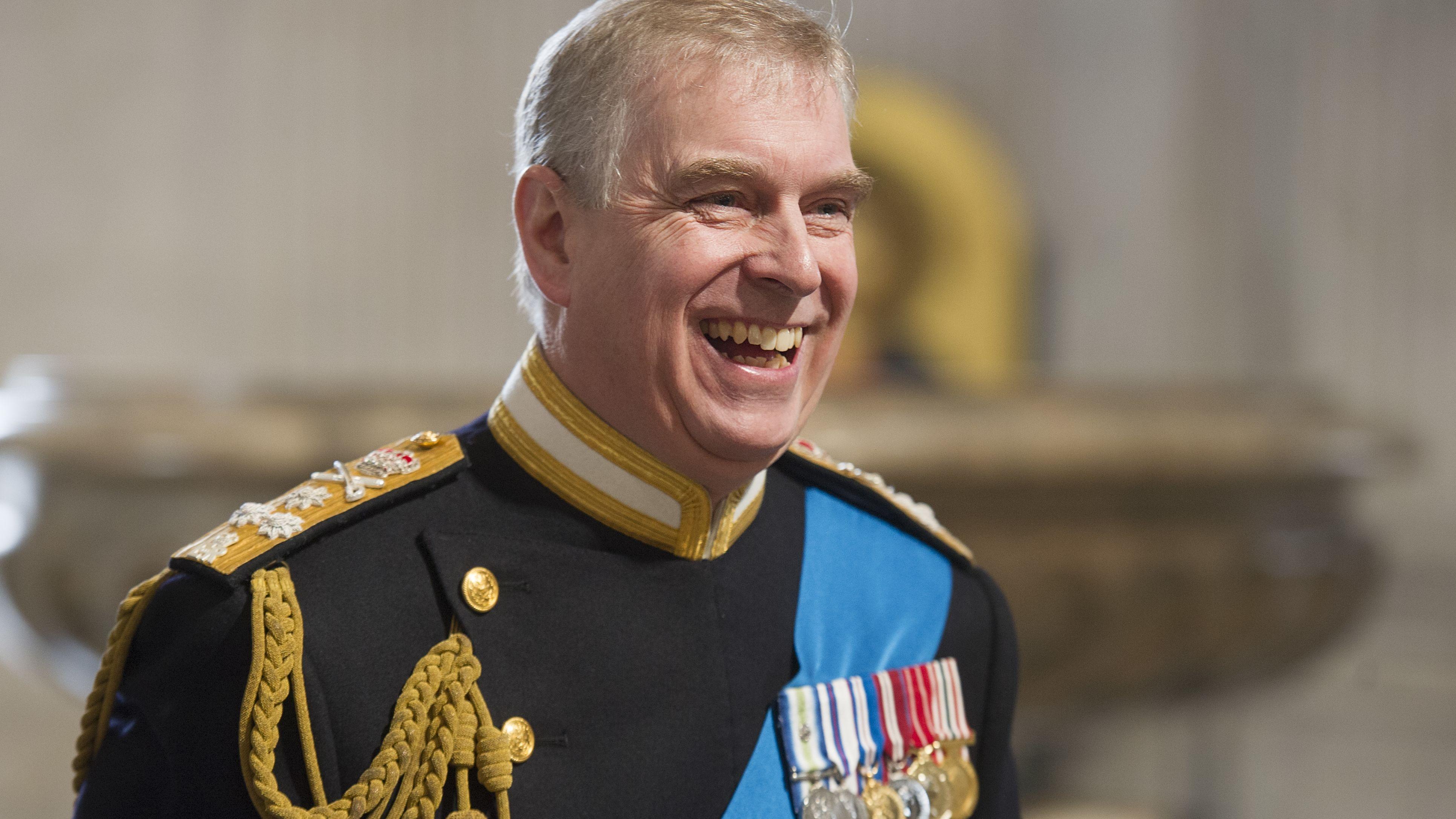 Prinz Andrew dementiert Verwicklung in Epstein-Skandal