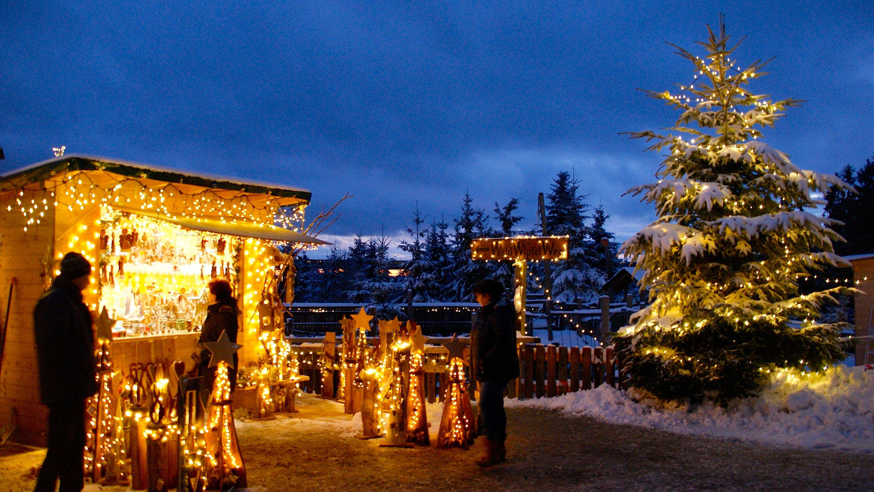 Weihnachtsmarkt am Waldwipfelweg
