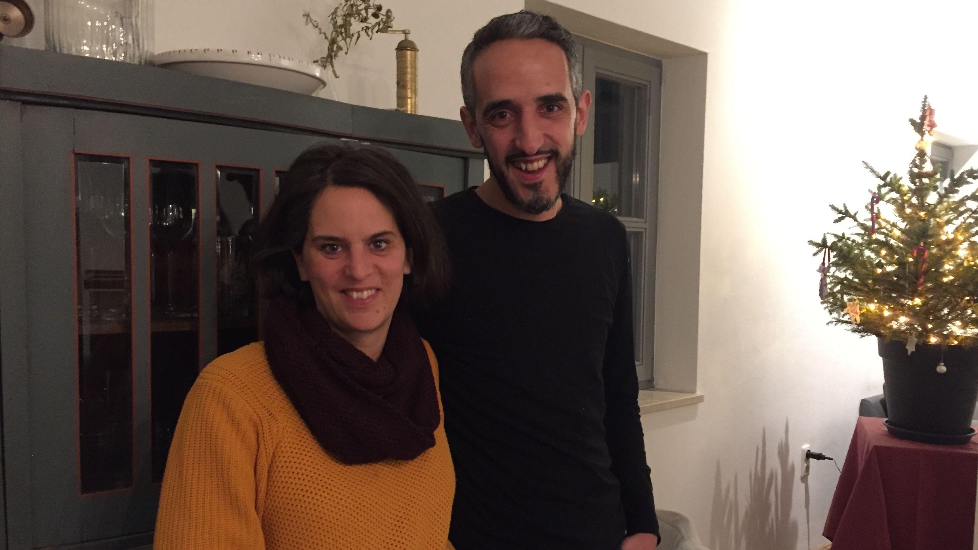 Theo und Esther Hofmann in ihrem Haus.