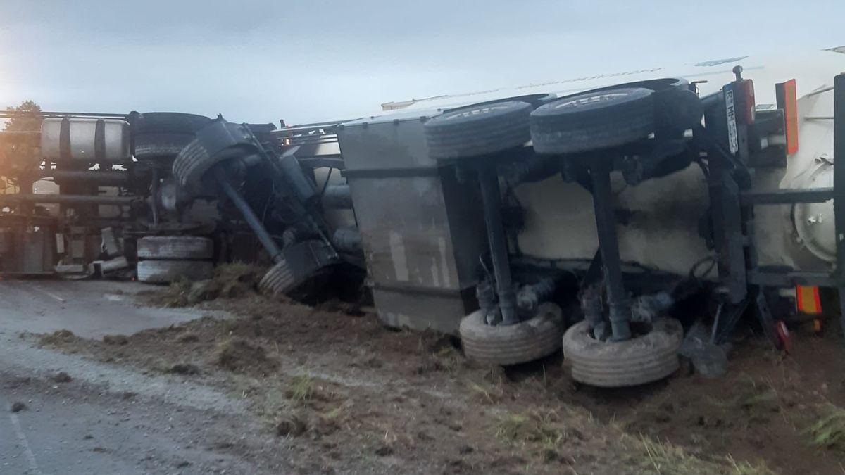 Der umgestürzte Lkw