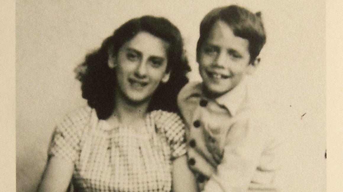 Giovanna und Markus Imhoof als Jugendliche auf einem alten Foto