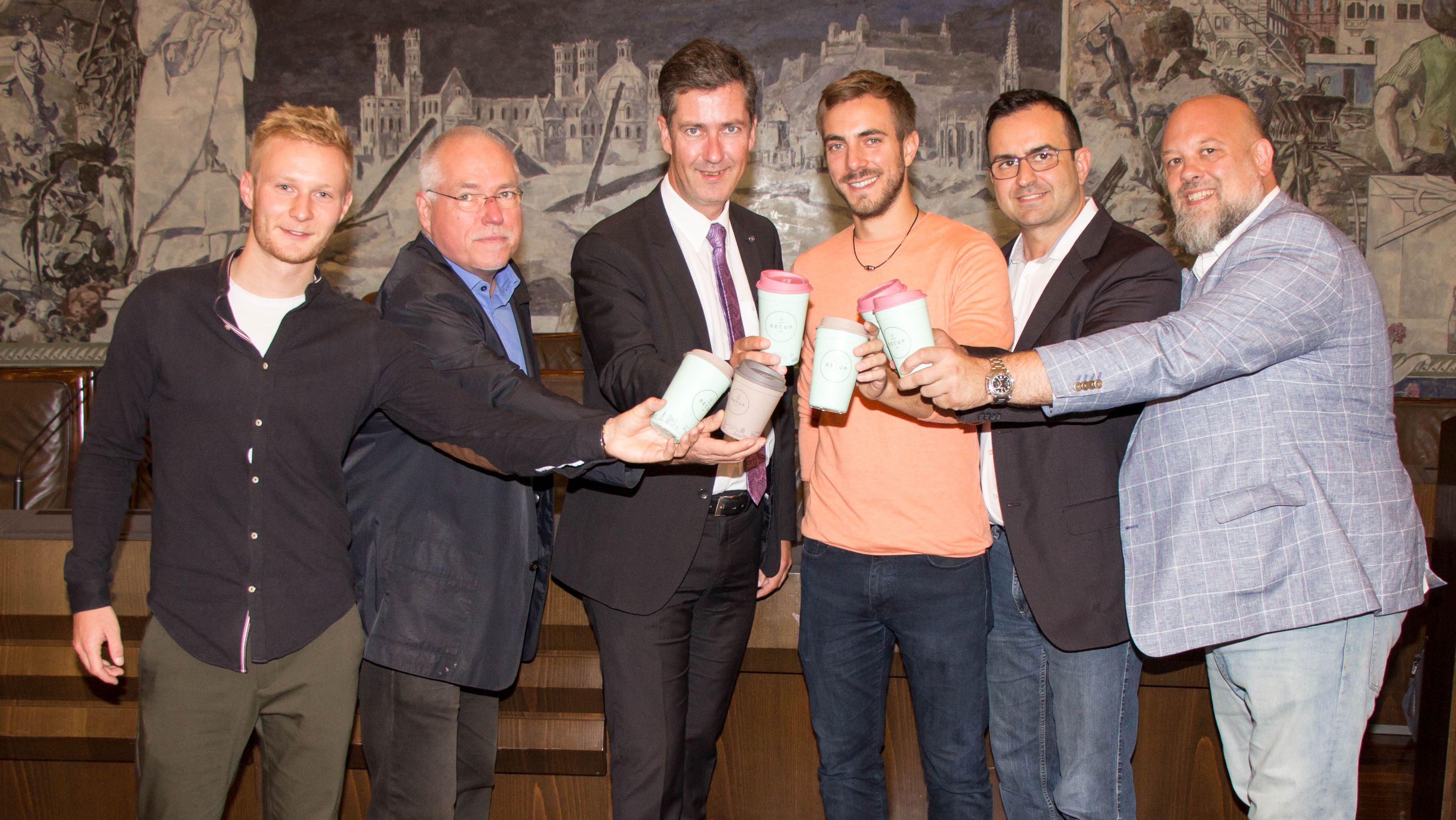 Stadt Würzburg treibt Mehrweg-Pfandsystem für Kaffeebecher voran