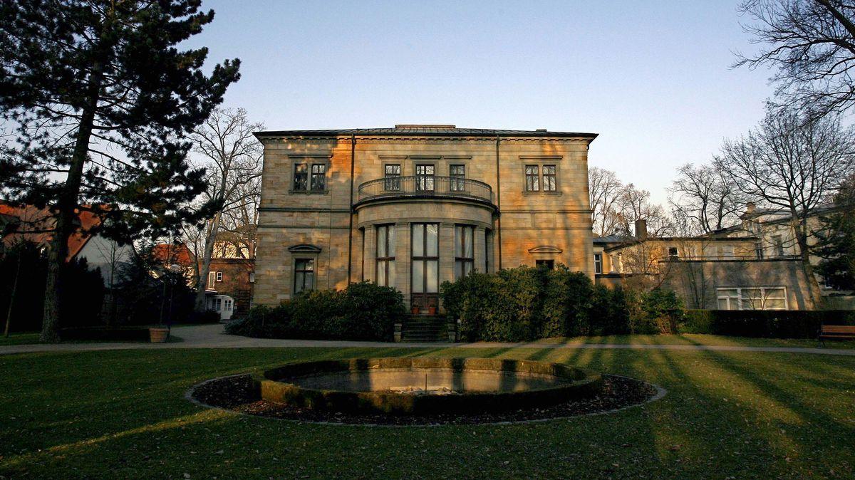 Blick auf die Villa Wahnfried, das frühere Wohnhaus des Festspielgründers Richard Wagner.