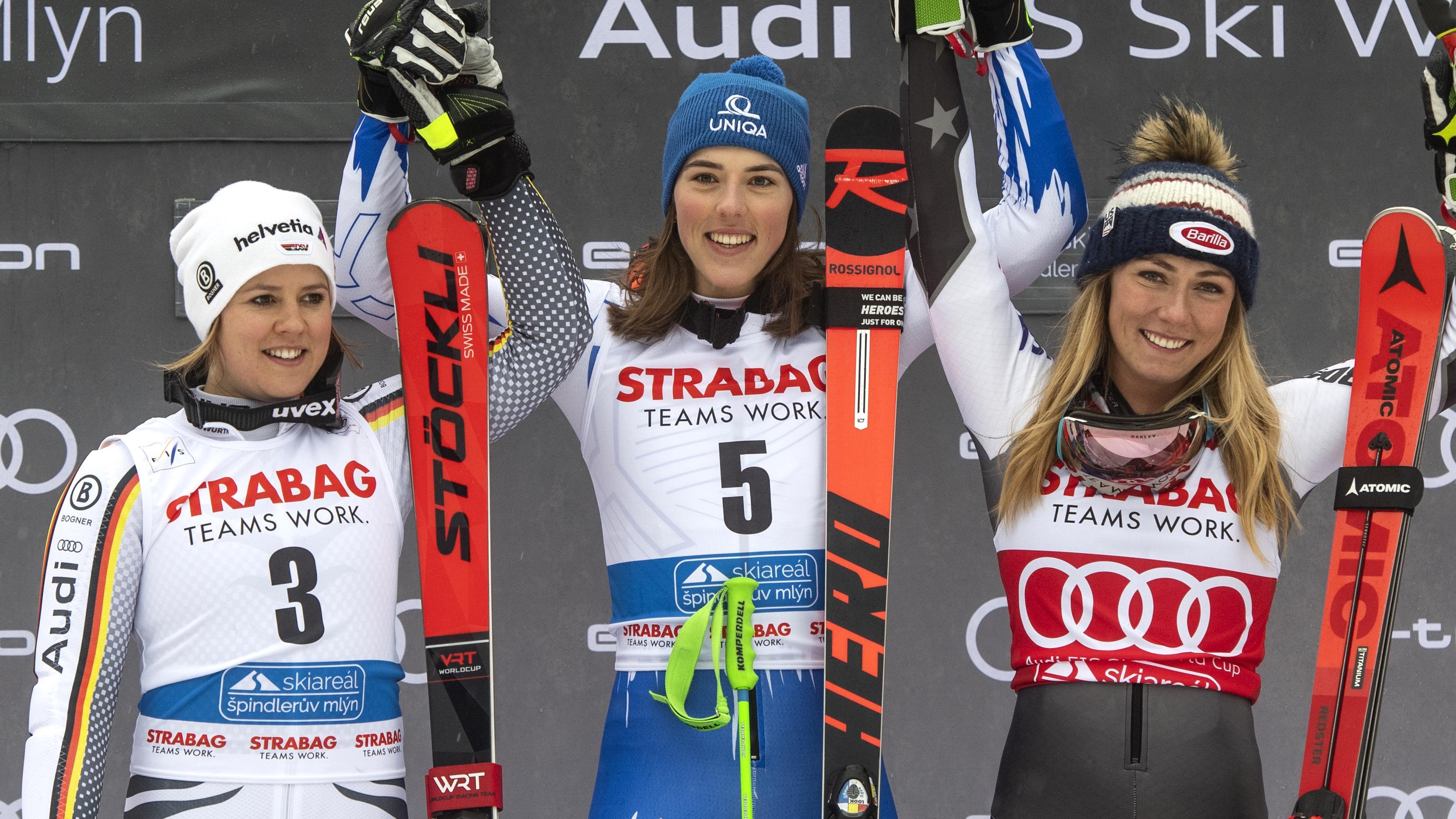 Podium in Spindlermühle: Viktoria Rebensburg, Petra Vlhová, Mikaela Shiffrin