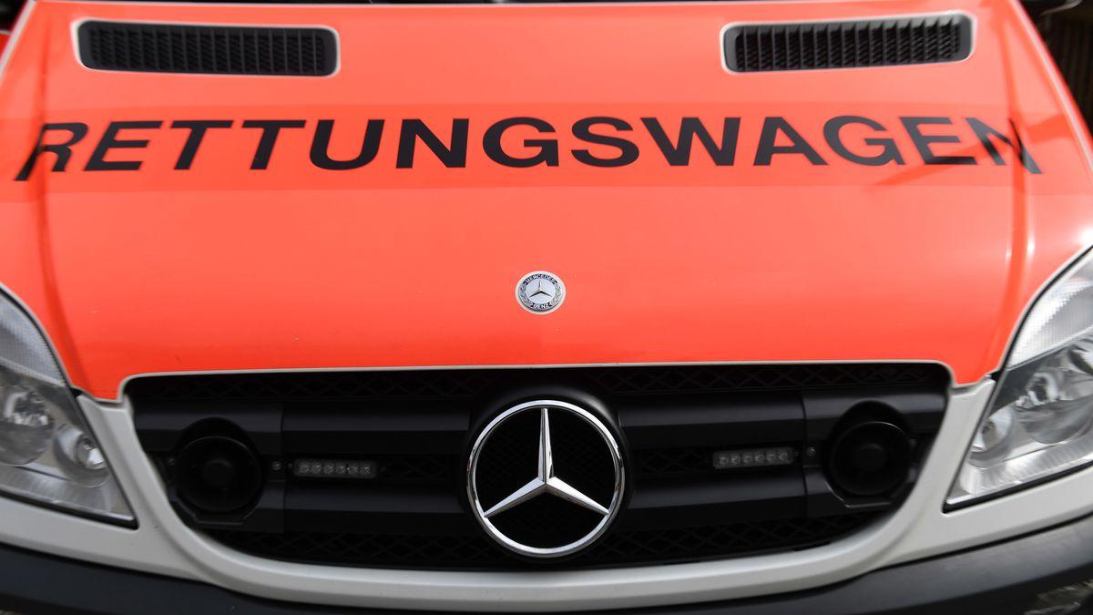 Ein Rettungswagen (Symbolbild)