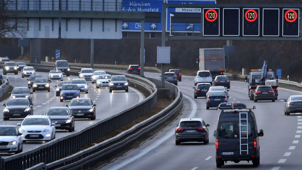 Ab Montag müssen Pendler aus dem Osten nach München fahrend wohl mehr Geduld als bislang aufbringen.